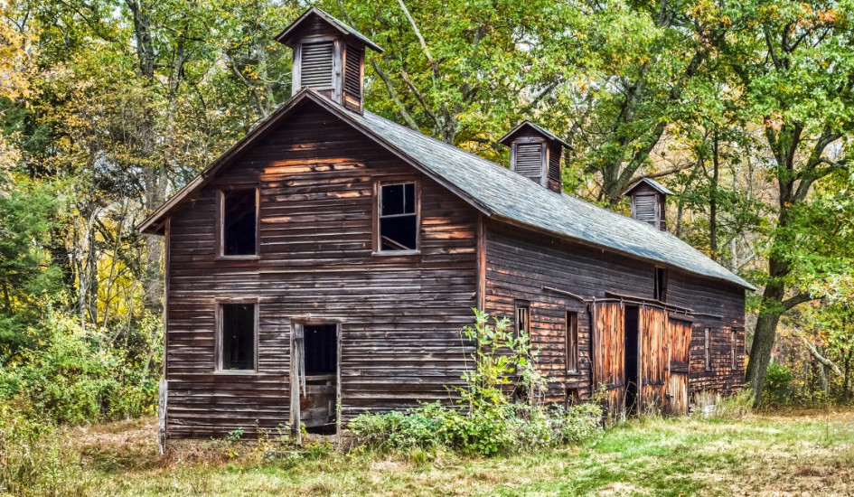 how long does it take to build a barndominium