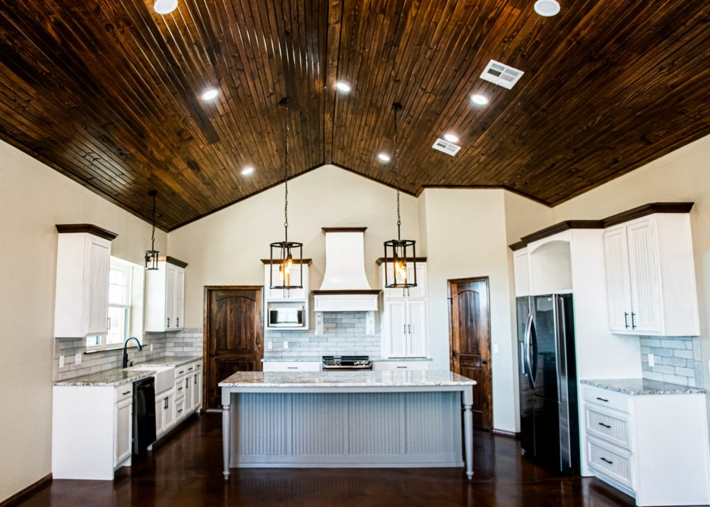 Amazing Oklahoma Barndominium - Pictures, Builder Info ...