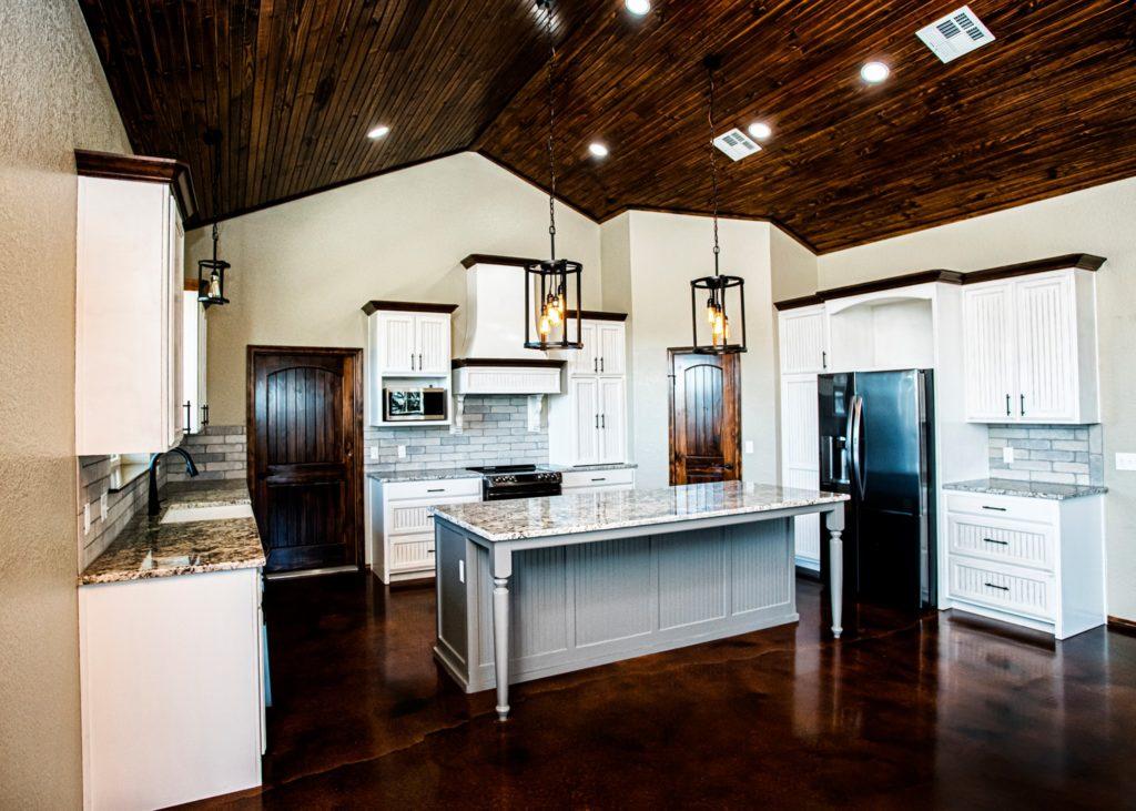 oklahoma barndominium kitchen