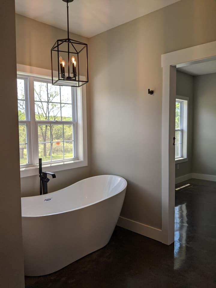 missouri barndominium free standing bath tub