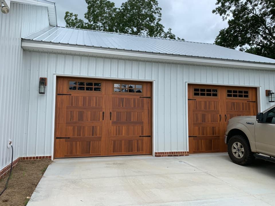 Hines Family Barndominium Garage