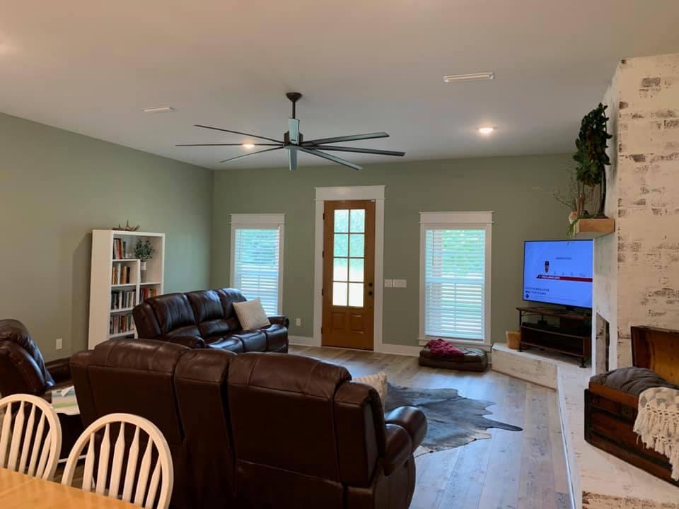 Hines Family Barndominium Living room