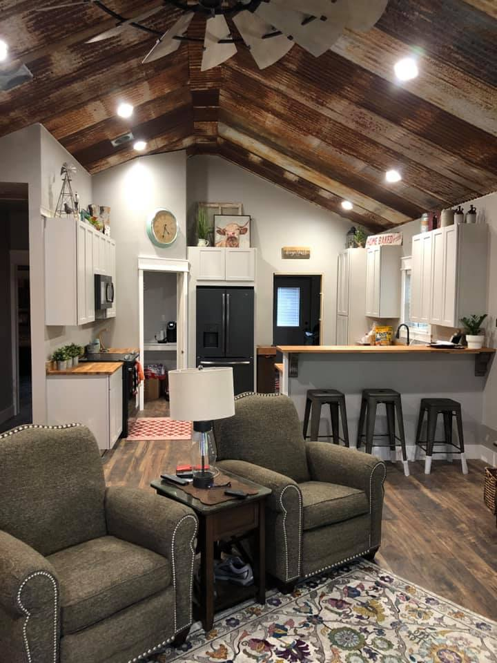 Glen Rose Texas Barndominium living and kitchen