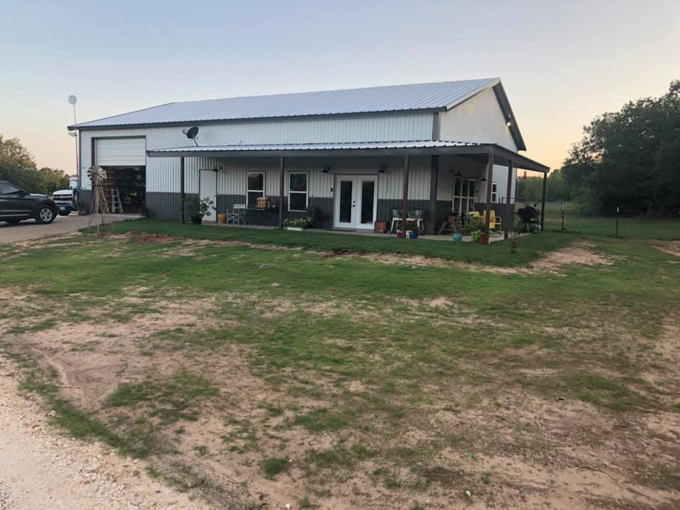 Glen Rose Texas Barndominium front view