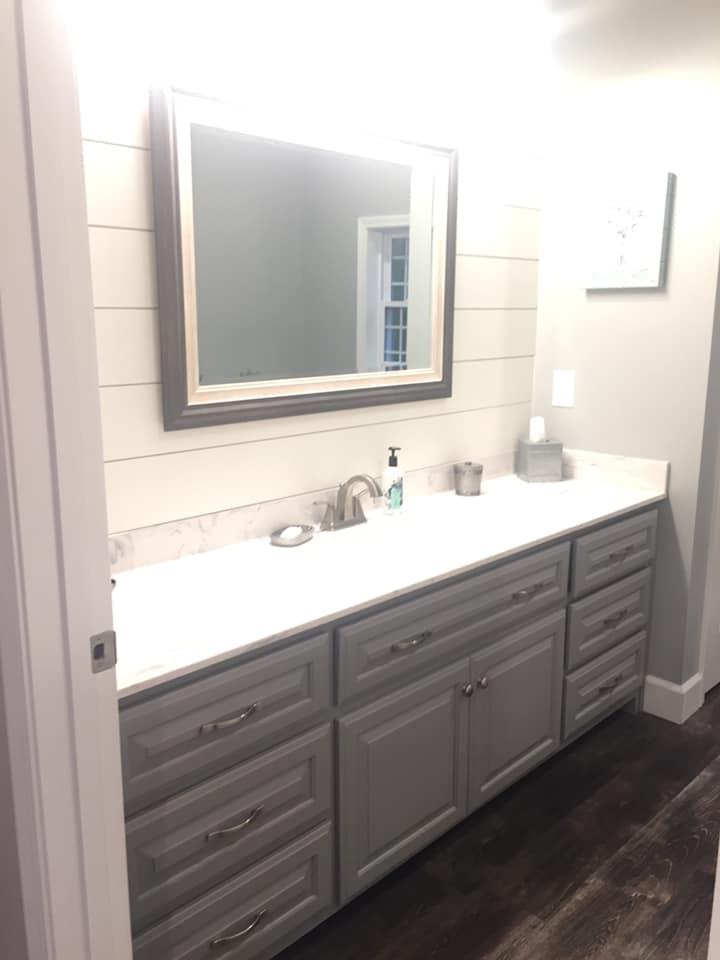 Tennessee Barndominium bathroom