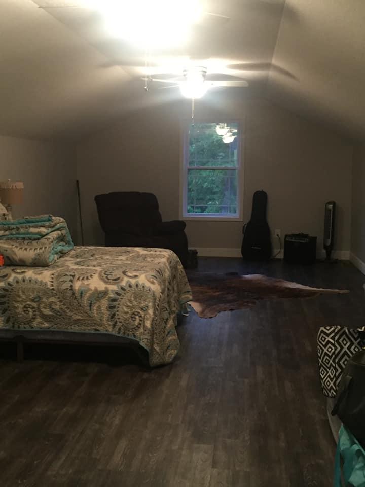 Tennessee Barndominium (upstairs) extra room
