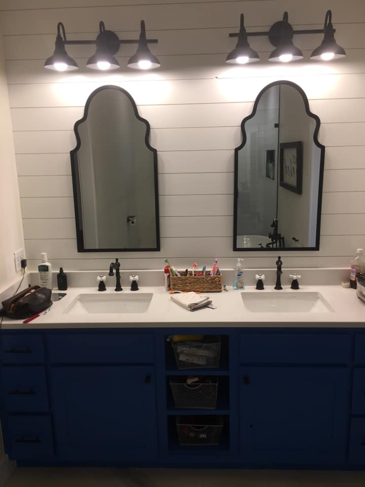 Black and White Oklahoma Barndominium master bath vanity
