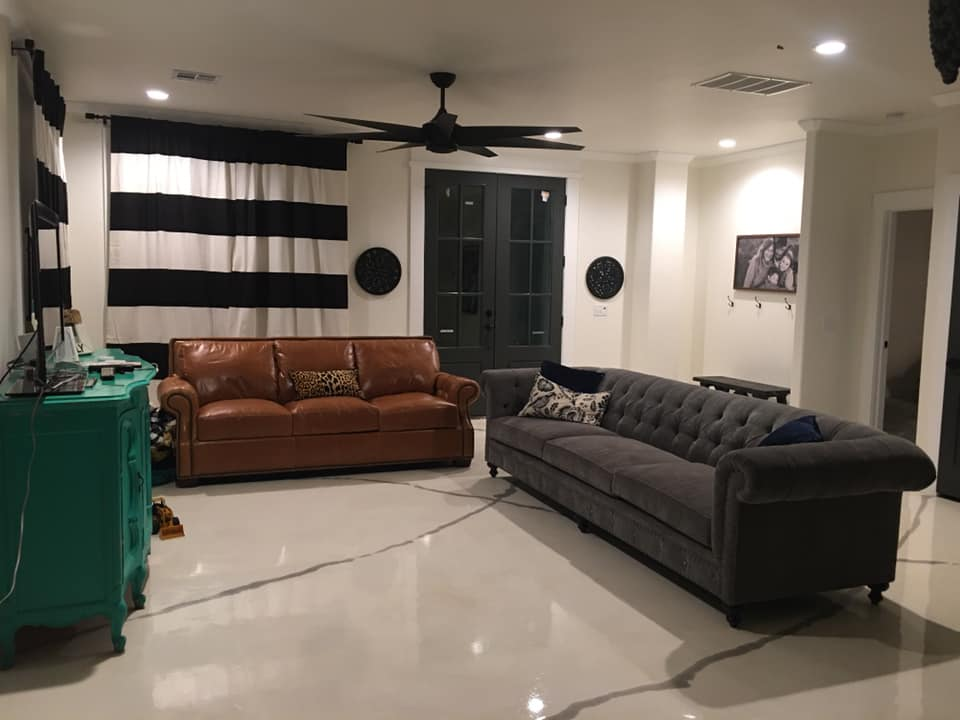 Black and White Oklahoma Barndominium living room