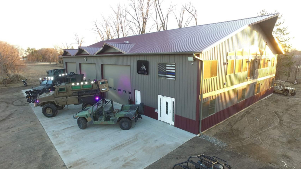 barndominium garage with tank