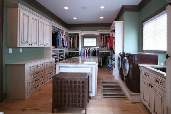 barndominium closet and laundry room