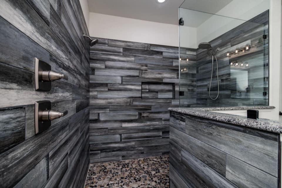 Texas Barndominium master shower