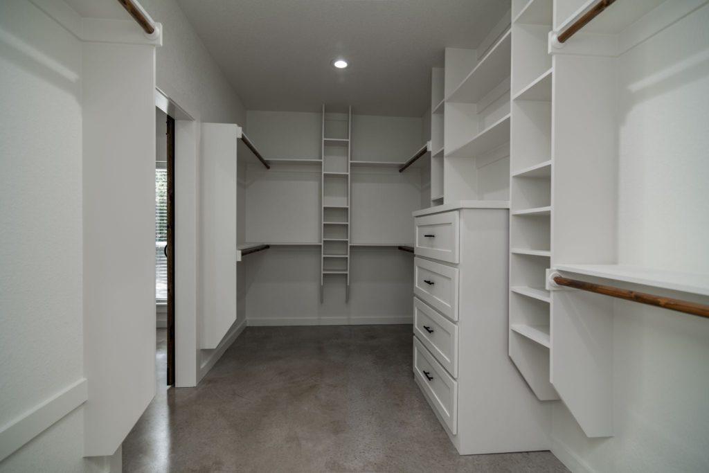 Texas Barndominium master closet