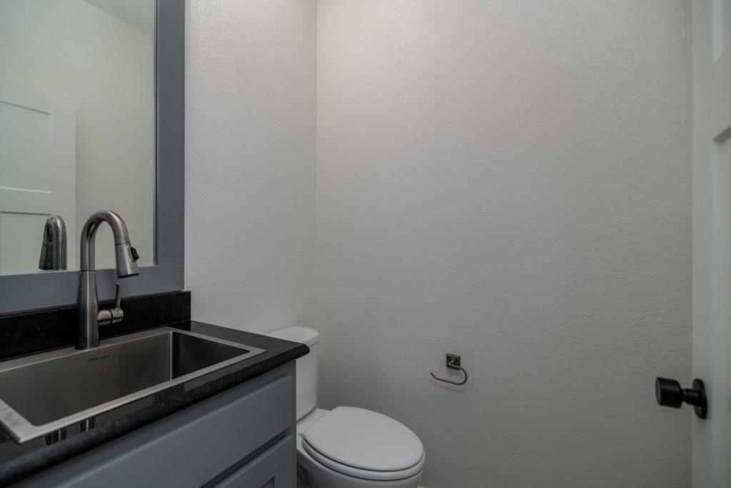 Texas Barndominium toilet