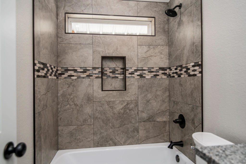 Mineral Wells Barndominium shower