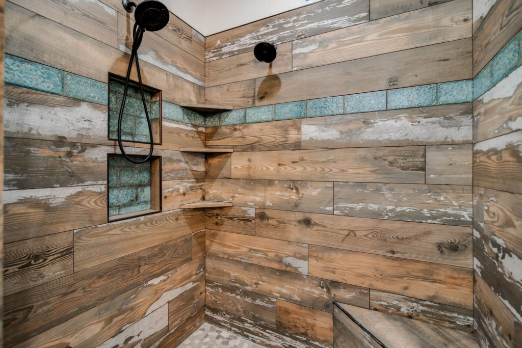 Weatherford Texas Barndominium shower