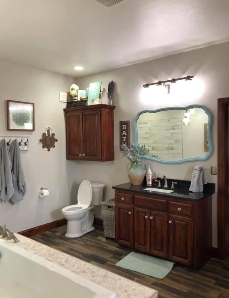 Oklahoma City Barndominium shower