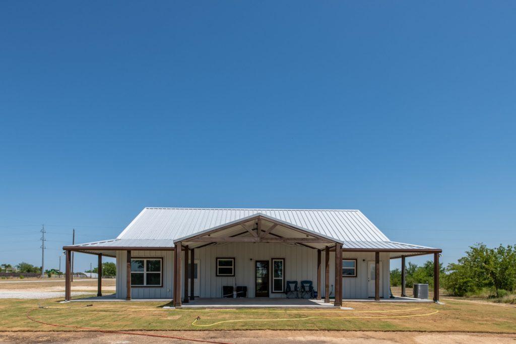 Springtown Texas Barndominium front