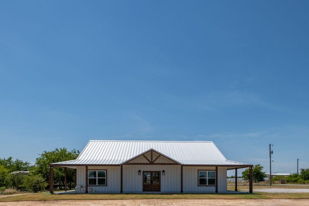 Springtown Texas Barndominium front view