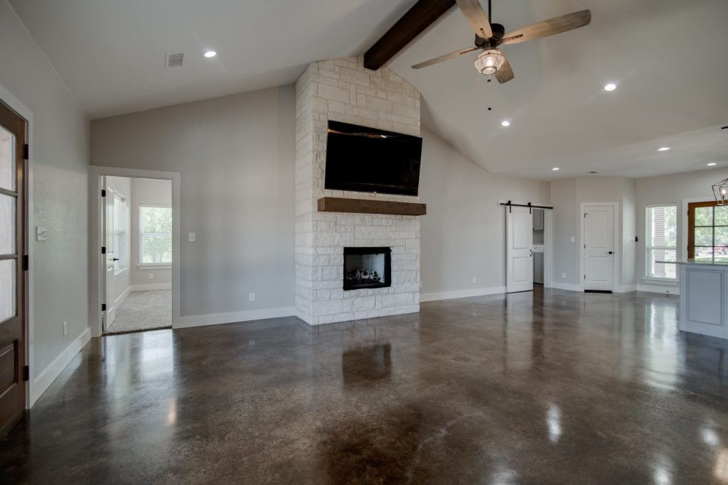 Springtown Texas Barndominium living room