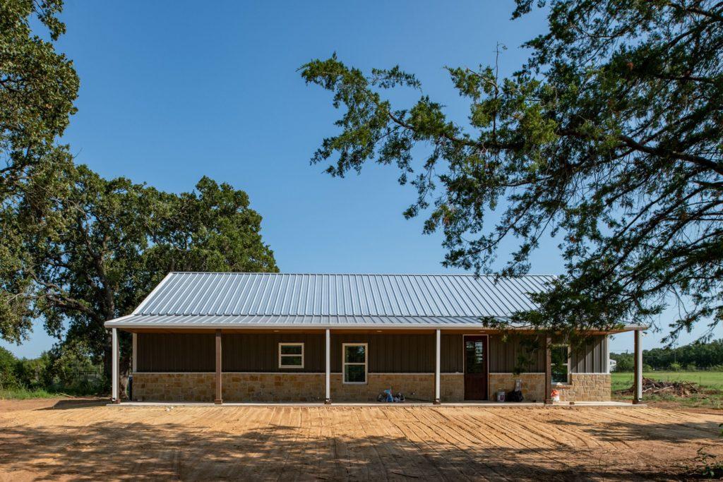 Decatur-Barndominium-Texas-HL-Custom-Homes