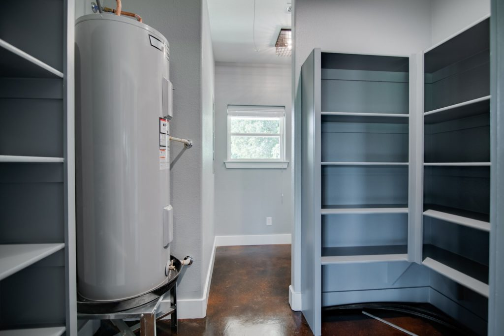 decatur-barndominium-utility-room