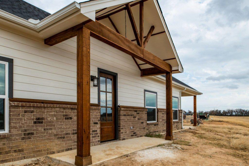 what is a barndominium