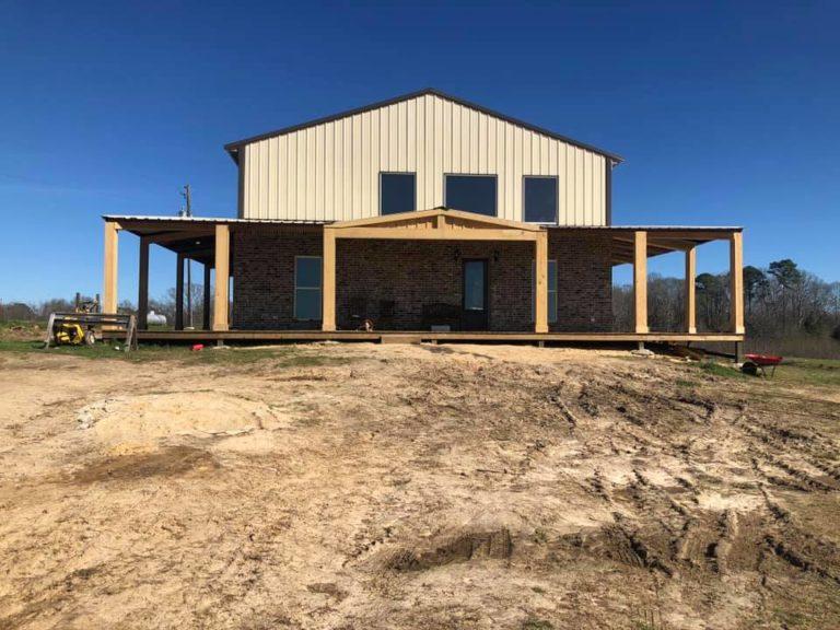 Pole Barn Home vs Barndominium
