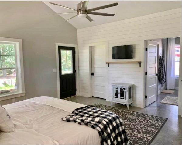Charlotte NC Barndominium Master Bedroom with Porch