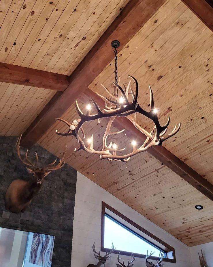 Melissa Hewitt Barndominium Textured Wood Ceiling with Wooden Beams