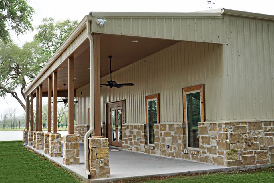 Brazoria County barndominium exterior