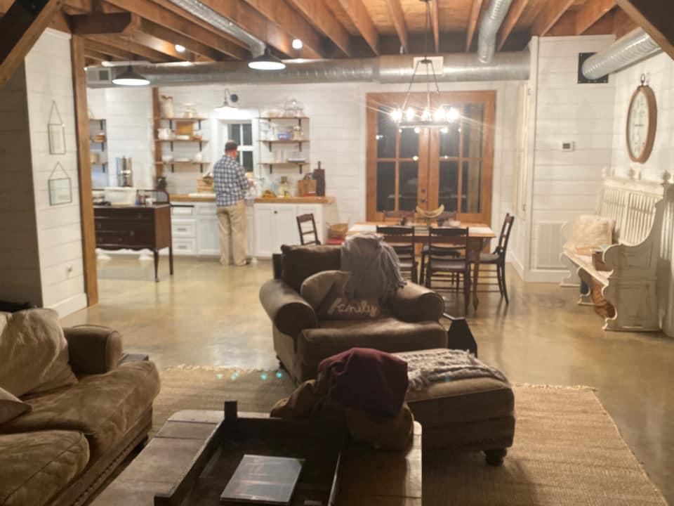 Mississippi Barndominium interior