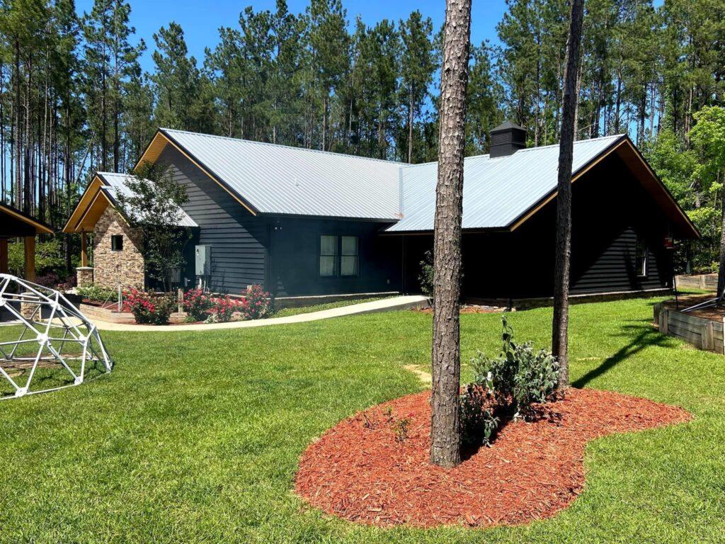 Odom Family Florida Barndominium back view