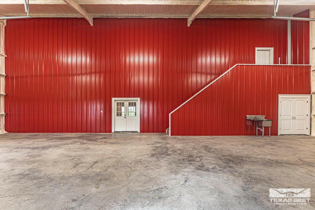 1800 square foot garage