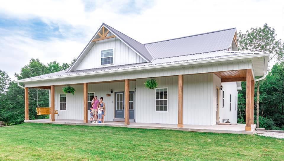 Charming Missouri Barndominum by Lucinda Jane